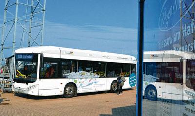 Elektro-Bus-auf-Testfahrt_H_Vonberg