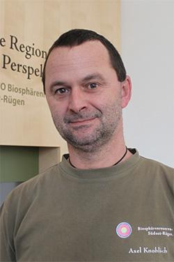Axel Knoblich